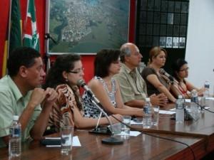 A mesa diretora da audiência presidida pelo secretário de Saúde, Antônio Manoel da Silva Júnior