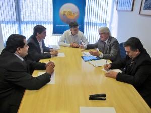 Os vereadores do PSDB ao lado do Deputado Roberto Engler reivindicam duplicação do Acesso 3