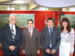 MESA DIRETORA:  Dr Cecílio (vice-presidente), José Reginaldo Moreti (presidente), Toin do Raio X (2º secretário) e Susete Barini (1ª secretária)